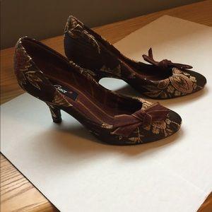 Anthropologie Baci heels -retro